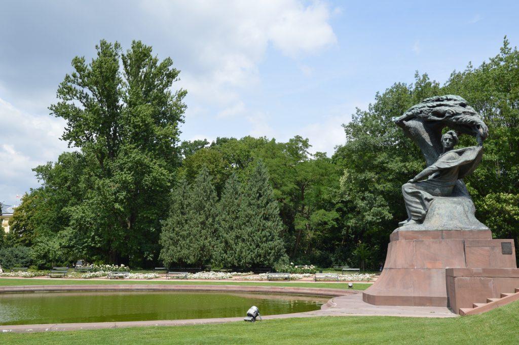 Chopin Statue, Łazienki Park, Warsaw, Poland