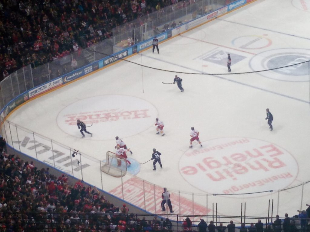 At the Kölner Haie game
