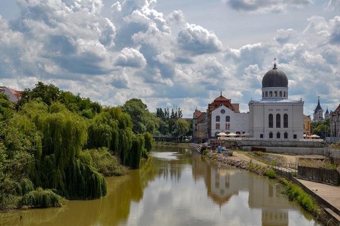 Neolog Synagogue Zion, Oradea, Romania